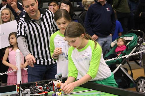 students robotics event